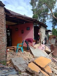 Gebäude wurden zum Teil massiv zerstört.