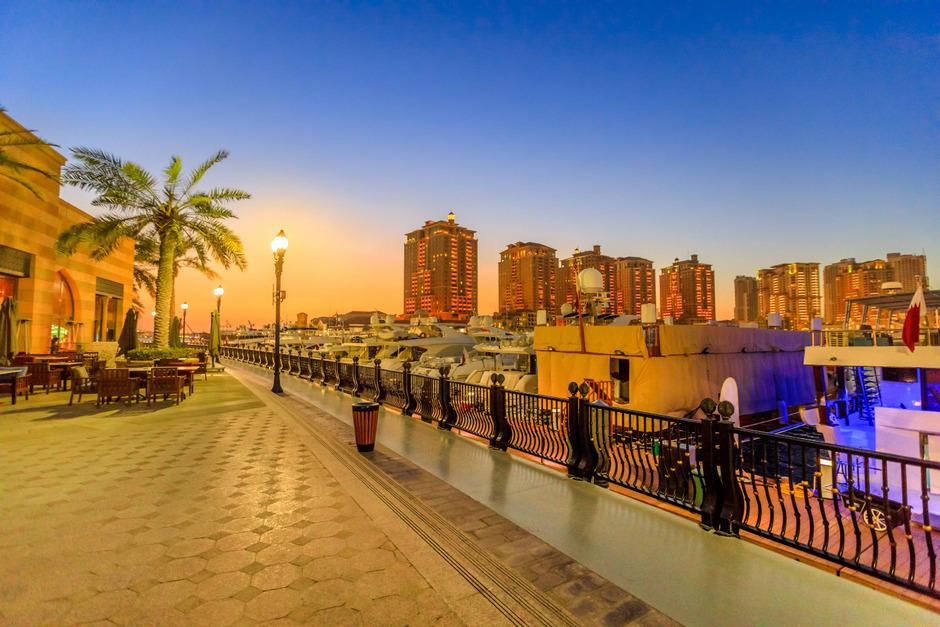Die Uferpromenade Corniche bildet den Rahmen für die WM-Marathons.