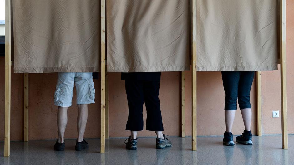 Was darf ich im Wahllokal und was nicht? Hier gibt's die Antwort.