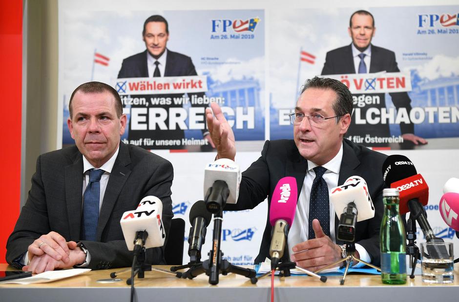 FPÖ-Genralssekretär Harlad Vilimsky (r.) will in der Spesenaffäre rund um Ex-Obmann Strache mit der Justiz voll koopererieren.