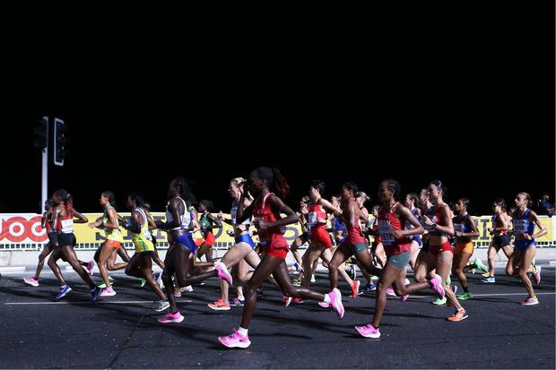 Ein Marathon durch die Nacht.