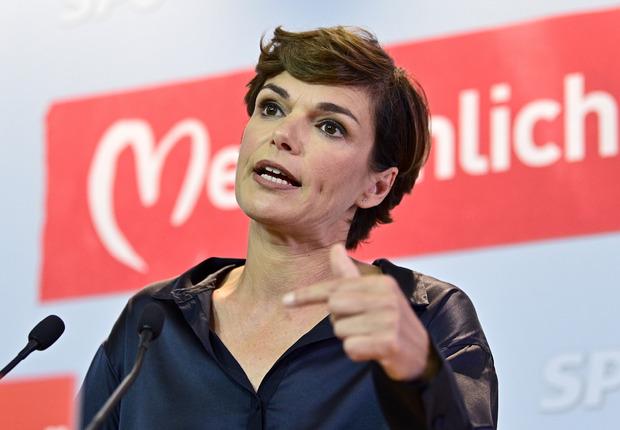 Pamela Rendi-Wagner ist im Vorjahr als SPÖ-Chefin eingesprungen. Gedankt wurde es ihr anfangs mit internen Querschüssen.