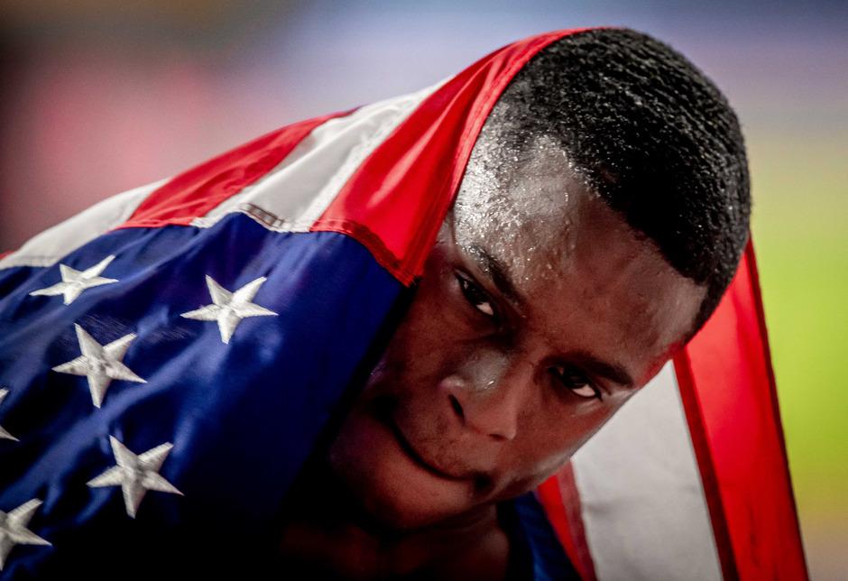 Coleman, der in der Jahresweltbestzeit von 9,76 Sekunden zu seinem ersten Freiluft-Titel lief, ist nicht ganz unumstritten.