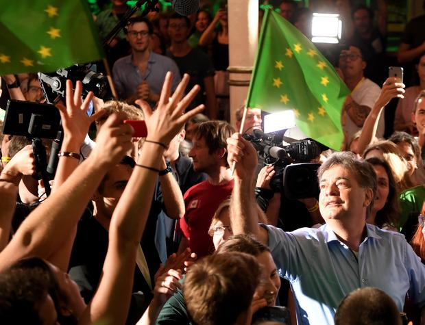 """Spitzenkandidat Werner Kogler bei der Wahlfeier der Grünen im """"Metropol""""."""