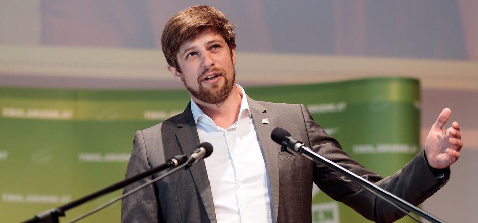 Thimo Fiesel verantwortete den Nationalratswahlkampf der Grünen. Nun will er dauerhaft auf dem Wiener Parkett Tritt fassen.