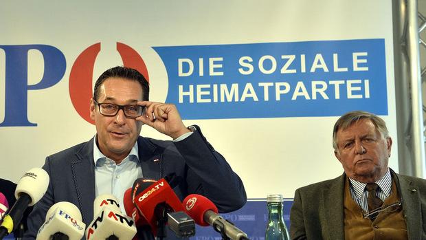 Strache hat die Partei bis in die Regierung geführt - und dann für den gnadenlosen Absturz gesorgt, werfen ihm viele Parteikollegen vor.
