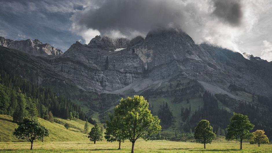 Wolken ziehen über Tirol auf und lassen sich so schnell nicht wieder abschütteln.