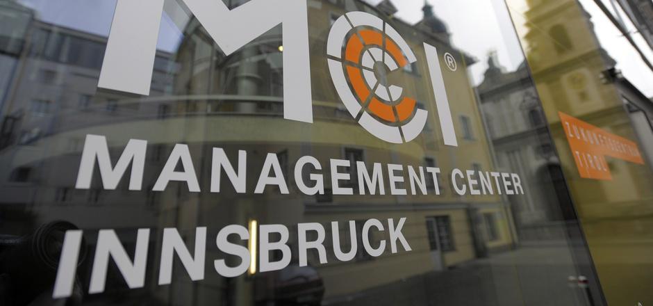 Die Debatte über den Neubau des MCI in Innsbruck ist eine politische Dauerbaustelle.