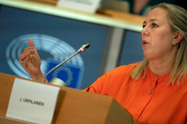 Jutta Urpilainen stellte sich den Fragen der Abgeordneten.
