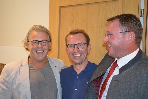 Aushängeschild Georg Totschnig flankiert von Martin Terzer (Recheis/l.) und Obmann Martin Eder.