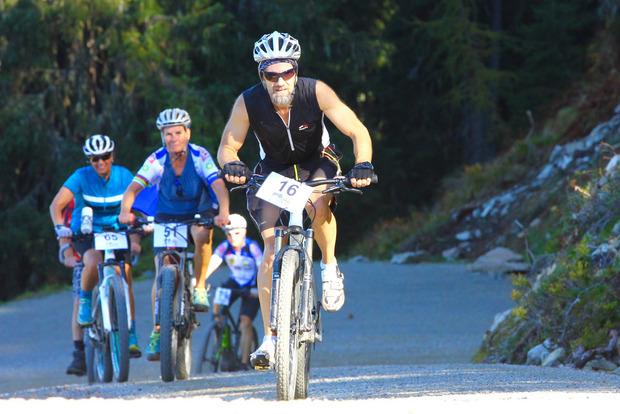 In Schwaz treten Mountainbiker und E-Biker kräftig in die Pedale.