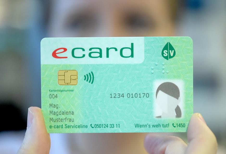 Die neue E-Card bringt für die Versicherten keine Mehrkosten, sie wird gratis zugestellt und automatisch im Briefkasten landen.