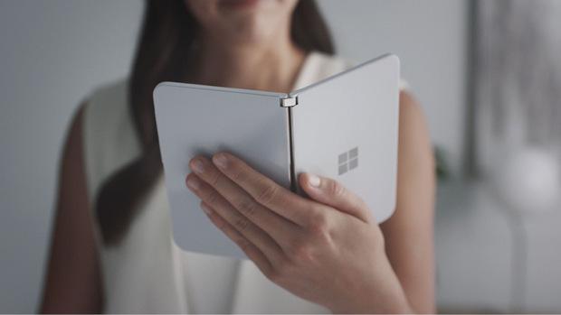 """Das """"Surface Duo"""" soll erst zu Weihnachten 2020 in die Geschäfte kommen."""
