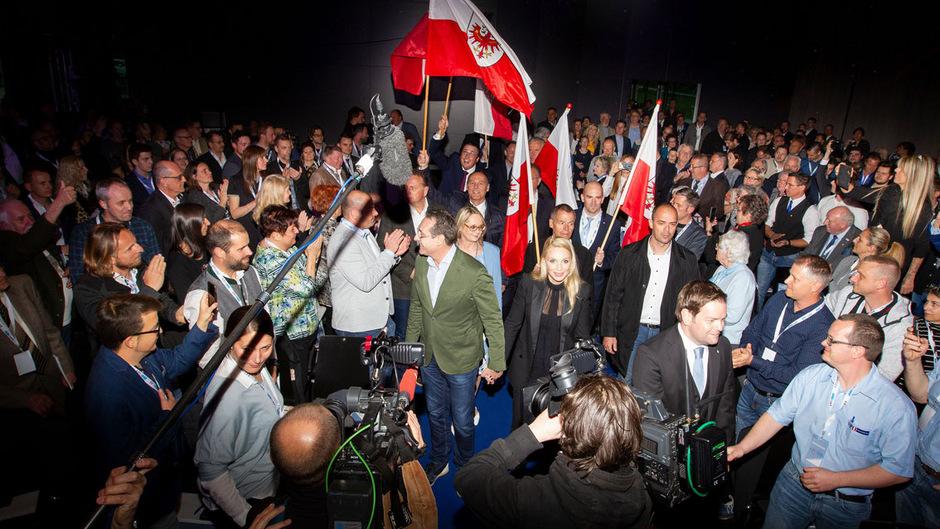 Im April waren Heinz-Christian und Philippa Strache beim Parteitag der Tiroler FPÖ in Innsbruck.