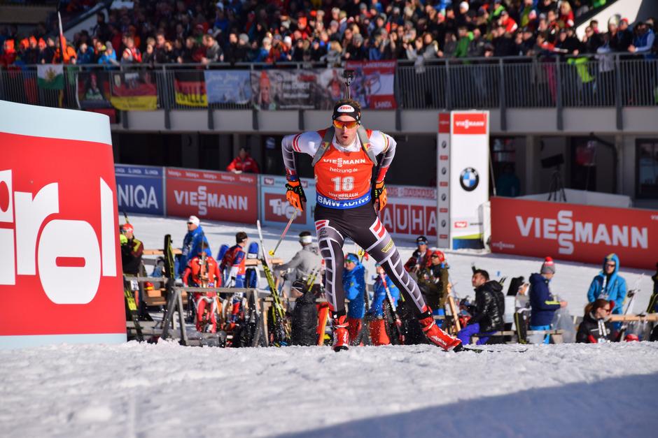 Lokalmatador und Olympiamedaillengewinner Dominik Landertinger bei der Biathlon-Weltmeisterschaft 2017 in Hochfilzen.