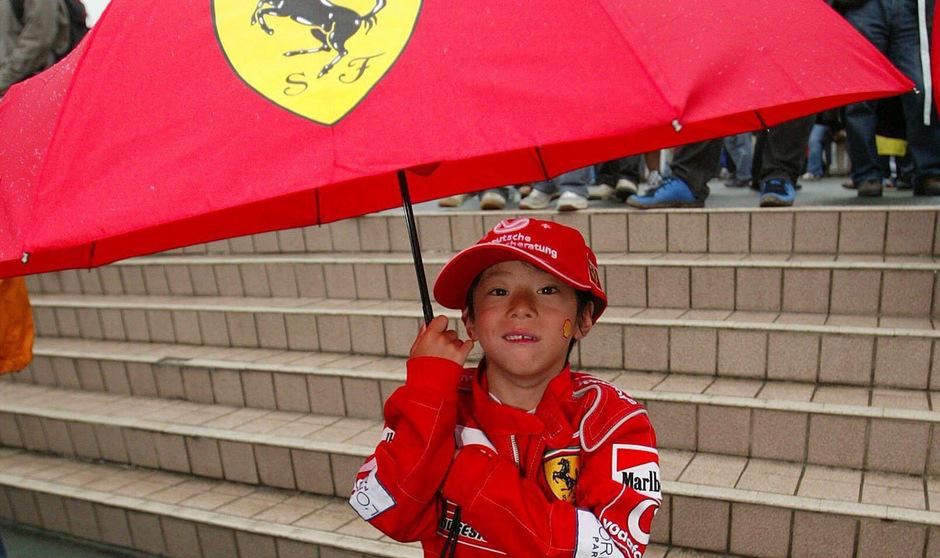 Die Formel-1-Fans in Japan müssen sich auf ungemütliches Wetter einstellen.