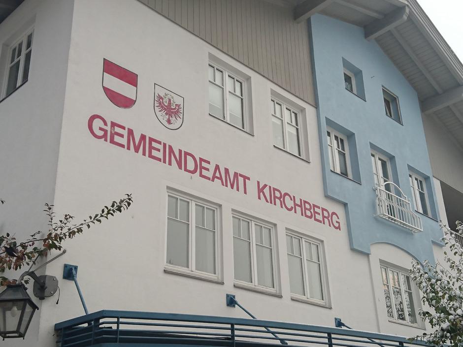 Im Kirchberger Gemeindeamt gab es am Dienstagabend hitzige Diskussionen.