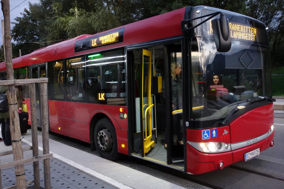 K statt LK: Mit Fahrplanwechsel am 15. Dezember wird die Buslinie von bzw. nach Kranebitten umbenannt – und eine halbstündliche Direktverbindung über Hötting zum Terminal Marktplatz hergestellt.