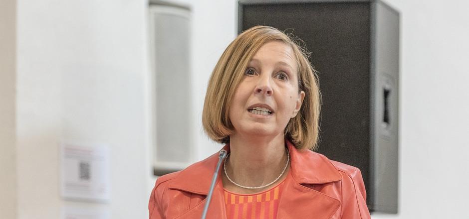 LR Gabriele Fischer (Grüne) wurde im Landtag mit einigen Vorwürfen konfrontiert.