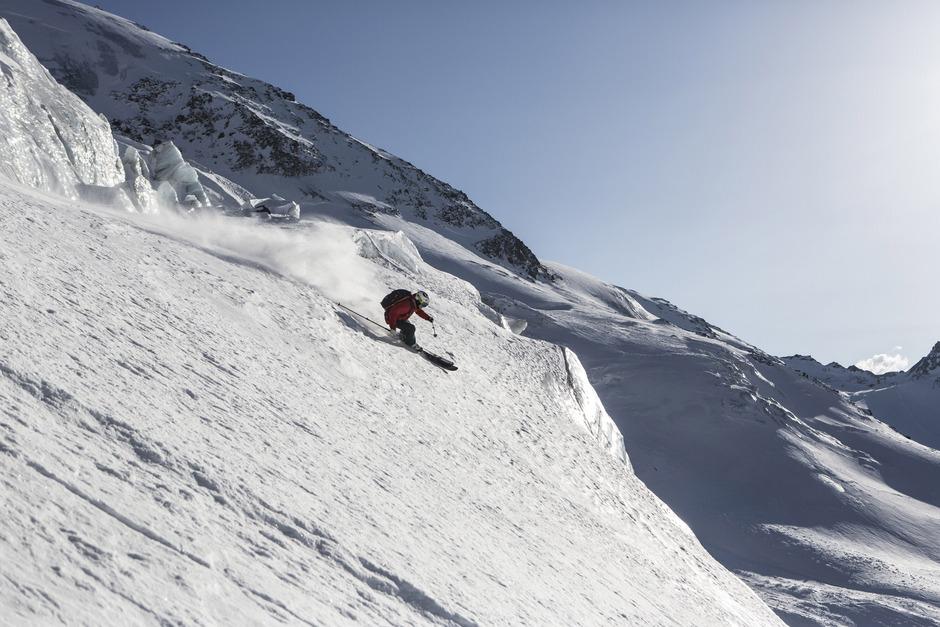 Die Saison ist eröffnet: Ab Freitag grüßt am Kaunertaler Gletscher wieder der Winter mit zahlreichen Saison-Opening-Highlights.