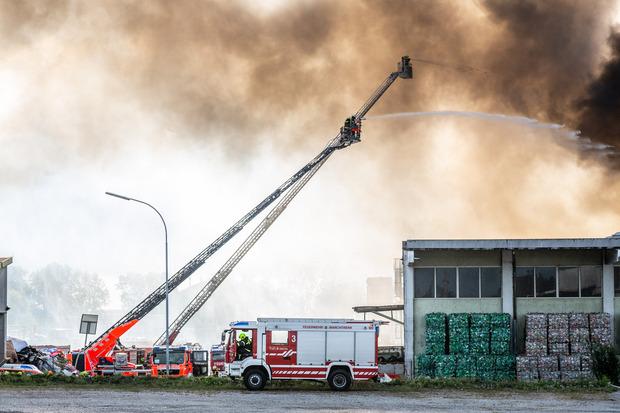Insgesamt standen 18 Feuerwehren mit 250 Mann im Einsatz.