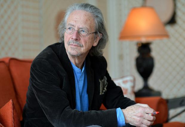 Peter Handke ist der prominenteste lebende österreichische Schriftsteller.
