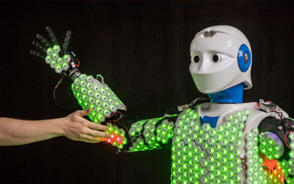 Zum Einsatz kommt die künstliche Haut bei einem Roboter, der den Namen H-1 trägt und so groß ist wie ein Mensch.