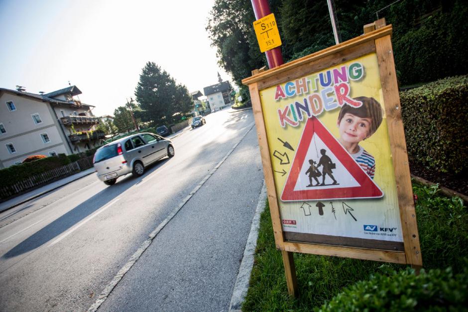 Achtung Schulweg: Die Polizei attestiert dem Großteil der Pkw-Lenker Verantwortungsbewusstsein im Bereich von Schulen und Kindergärten.