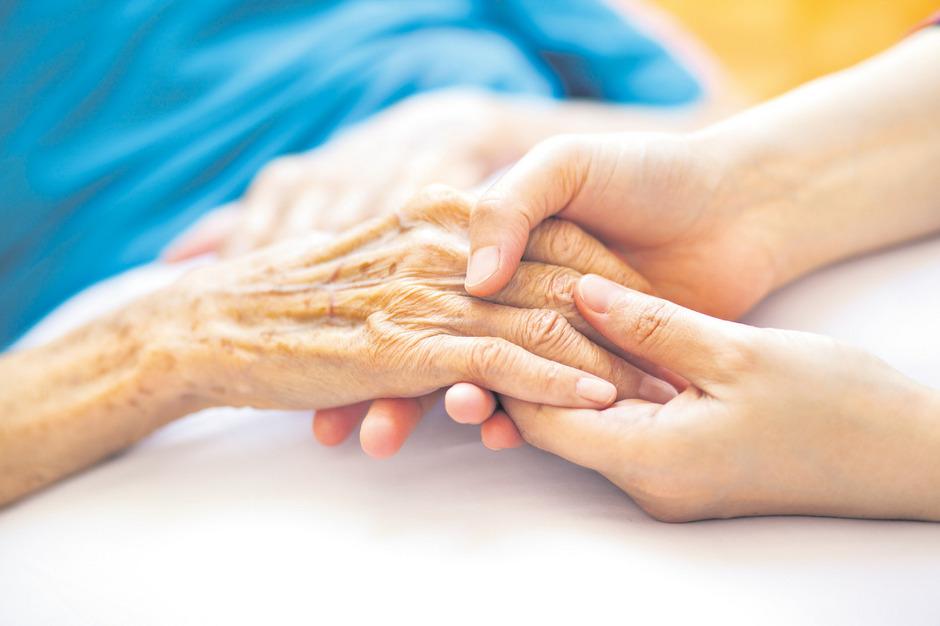 Palliativmedizin bemüht sich um das Lindern von Leiden bei Todkranken und Sterbenden.