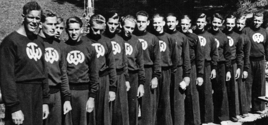 Das TWV-Vereinslogo hat sich über die Jahre hinweg nicht verändert – die Frisuren und Sportmode hingegen schon.