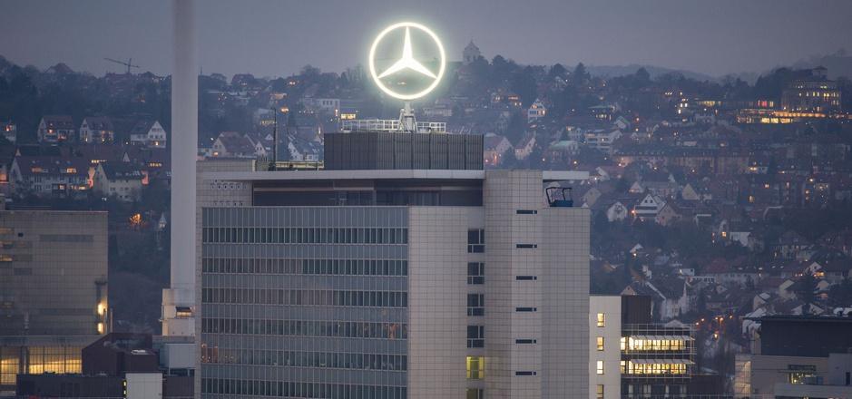 Daimler ist bereits seit längerem im Visier des deutschen Kraftfahrtbundesamtes (KBA).