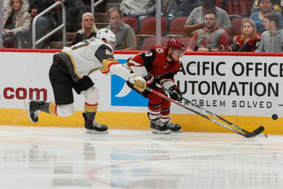 ÖEHV-Legionär Michael Grabner (r.) verbuchte seinen ersten Saisontreffer in der NHL.