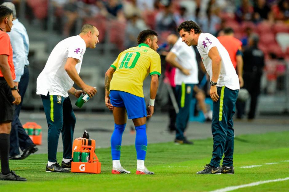 Neymar musste angeschlagen raus.