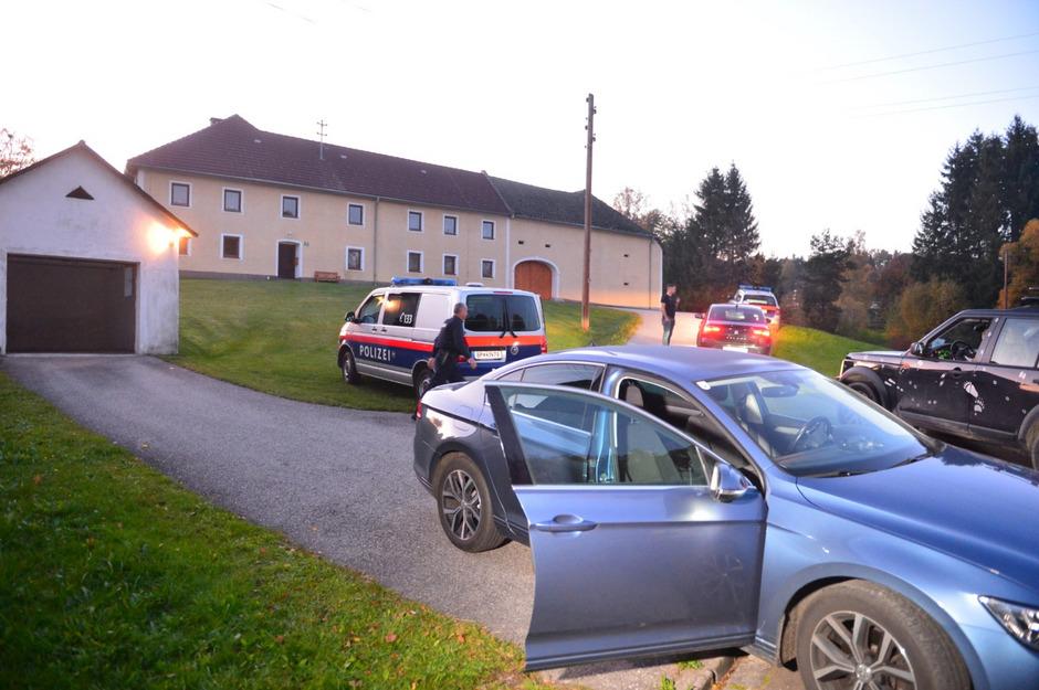 Im oberösterreichisch-tschechischen Grenzgebiet ist es Montagnachmittag zu einem Mord und einem versuchten Mord gekommen.