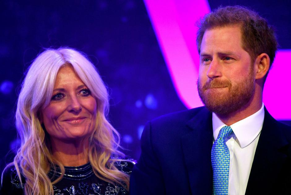 Während seiner Rede begann Prinz Harry vor Rührung zu weinen.