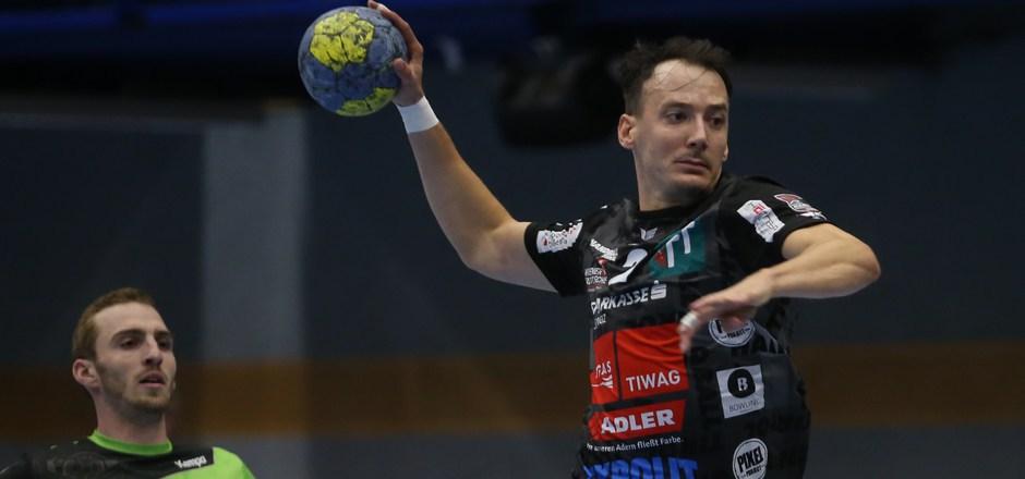 Schwaz mit Topscorer Wanitschek (7 Tore) siegte in Hard 27:26.