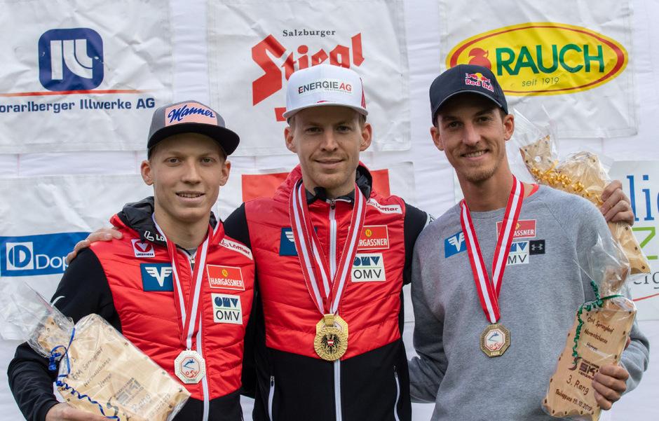 Das Podium bei den Herren: Michael Hayböck (M.) gewann vor Jan Hörl (l.) und Gregor Schlierenzauer.