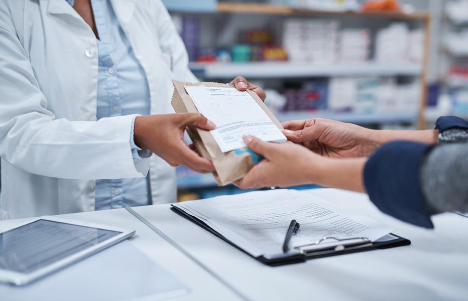"""Apothekenlogo statt Gebrauchshinweis: In einer Tiroler Apotheke wird das Heilmittel Paraffin ohne jegliche Kennzeichnung verkauft. <span class=""""TT11_Fotohinweis"""">Symbolbild: iStock</span>"""