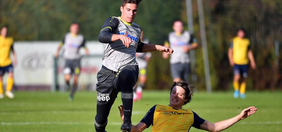 Der SK Jenbach mit Lukas Pfurtscheller überspringt aktuell die Hürden in der Gebietsliga Ost scheinbar mühelos.