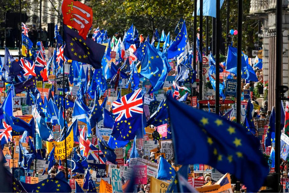 Am Montage ist die Regierung von Premierminister Boris Johnson mit dem Versuch gescheitert, das neue Brexit-Abkommen mit der EU durch das Parlament zu bringen.