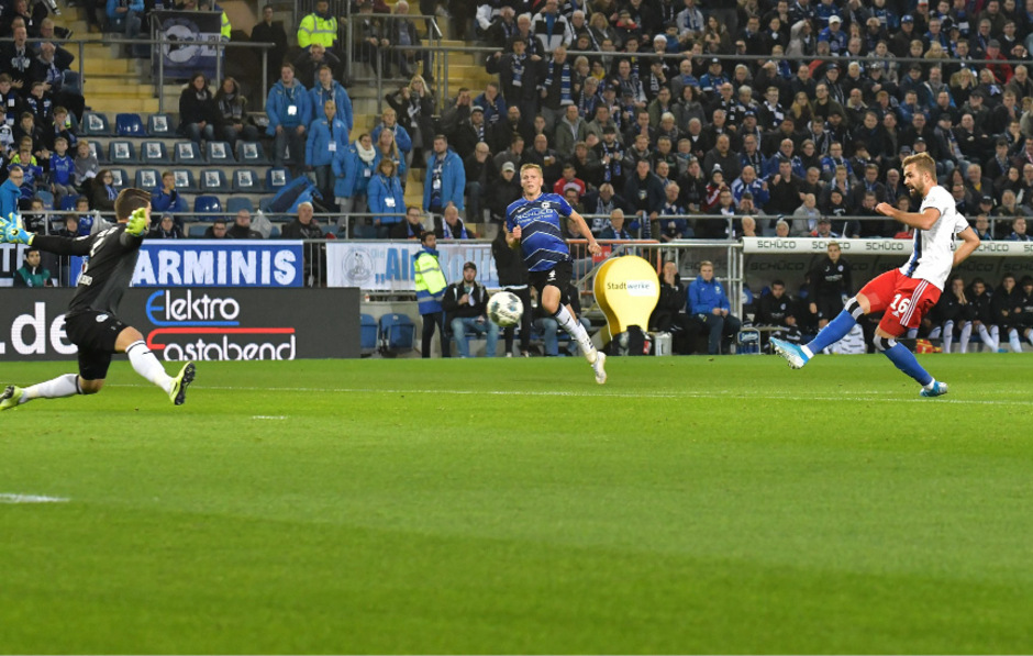 Lukas Hinterseer brachte den HSV in der ersten Halbzeit in Führung.