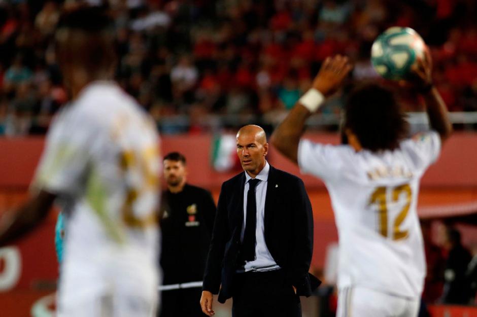 """Trainer Zinedine Zidane gab die Real-Richtung für das Galatasaray-Match vor: """"Wir müssen gewinnen, es gibt keine andere Option."""""""