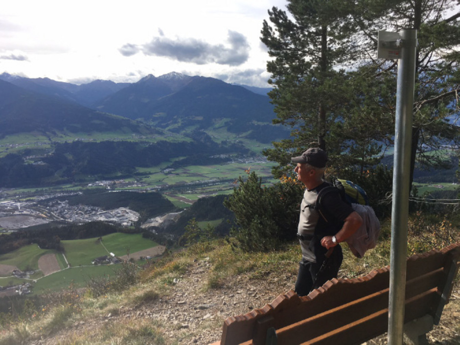 Die Ausblicke hoch über Vomperberg sind phänomenal.