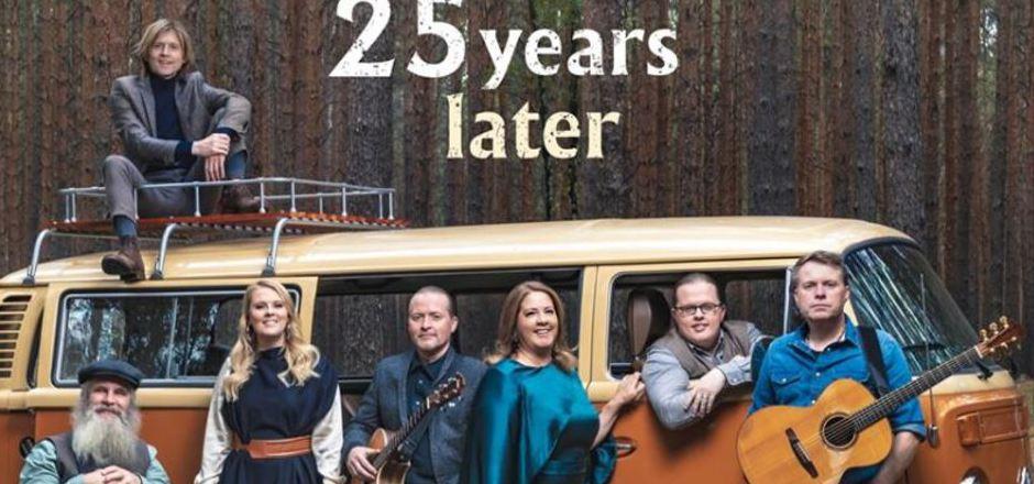 """Diesen Freitag erscheint das Erinnerungsalbum """"25 Years Later"""" der Kelly Family."""