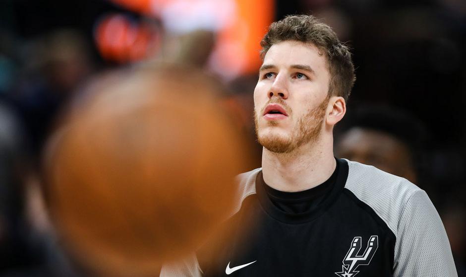 Jakob Pöltl blickt einer ungewissen Zukunft entgegen. Der österreichische NBA-Export bleibt aber gelassen.