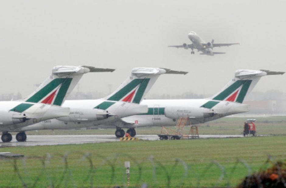Die Flieger der Alitalia bleiben am Freitag am Boden.