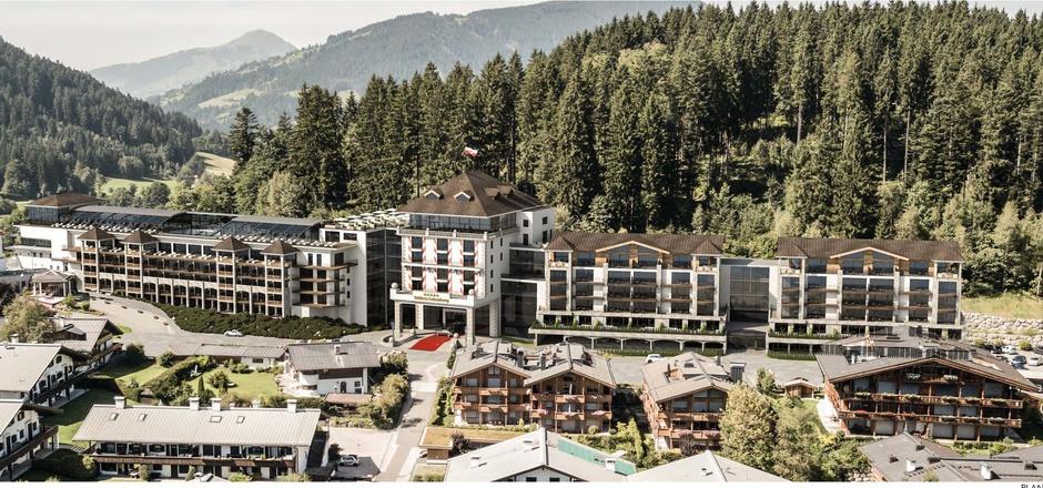 Visualisierung des umgebauten Schlosshotels in Kitzbühel: Auch 5 bis 6 Luxus-Wohnungen wären darin eingeplant.