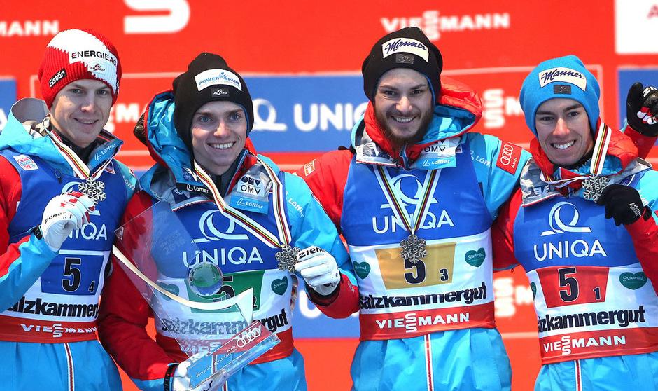 Manuel Poppinger (2.v.l.) jubelte bei der Skiflug-Heim-WM 2016 mit Michael Hayböck, Manuel Fettner und Stefan Kraft über Team-Bronze.