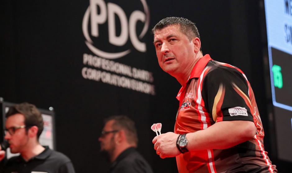 Österreichs bester Darts-Profi: Mensur Suljovic.