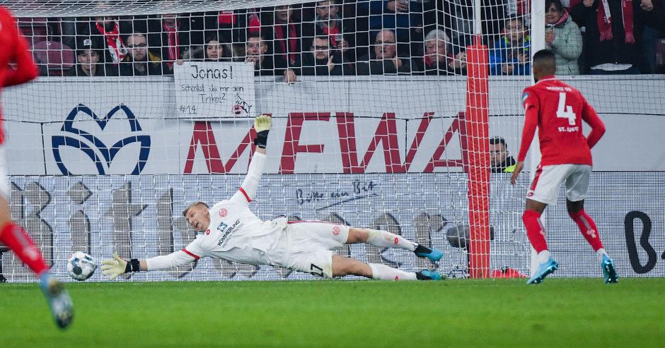 Der FSV Mainz 05 hat die Abstiegszone der deutschen Fußball-Bundesliga verlassen.